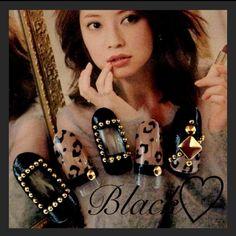 ネイル 画像 Chiara♡Nail -キアラネイル-  1104354 ブラック ベージュ アニマル 秋 冬 ソフトジェル ハンド