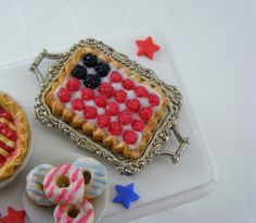 #Dollhouse Miniatures - 4th of July -Raspberry Tart
