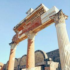 #italia #pompei #pompeii 폼페이 #traveler #italia #italy #europe #eurotrip #eurotravel #trip #travel #travelblog #traveling #travelgram #travelingram #beautiful #travelphoto #photos #photography #beautiful #journey #instagram #유럽여행 #유럽 #여행 #여행스타그램 #이태리 #