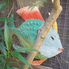 How to make a garden fish sculpture recycled from scrap metal and oil drums.