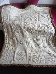 Mon GAAA Knitting Patterns Free, Knit Patterns, Free Pattern, Plaid Crochet, Knit Crochet, Knitted Afghans, Hand Art, Knitting For Kids, Celtic Knot