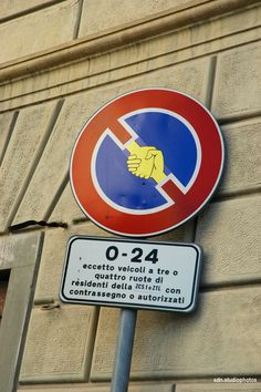 "Clet Abraham, ""Being civil doesn't mean obedience, but solidarity"", Via Lupo, Firenze (Toscana, Italy) - by Silvana, giugno 2014"