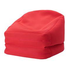 RISÖ Pufa, wew/zew IKEA Z pufy można korzystać na wiele różnych sposobów. Złożyć ją pionowo, jako fotel lub rozłożyć jako niski leżak.