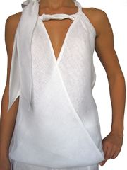 Halter top with knotted collar. Available in white, navy blue and jean. Our types of linen vary, all are handmade and must be hand washed. For the extra delicate and knitted pieces: hand wash, roll in a towel to remove excess moisture and hang to dry. All White Outfit, White Outfits, Corsage, Evening Tops, Fashion Project, Summer Dresses, Summer Outfits, White Fashion, Beautiful Outfits