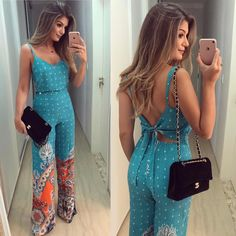 Amazing printed jumpsuit with a black bag - LadyStyle Summer Outfits, Casual Outfits, Cute Outfits, Summer Dresses, Girl Fashion, Fashion Looks, Fashion Outfits, Womens Fashion, Ideias Fashion
