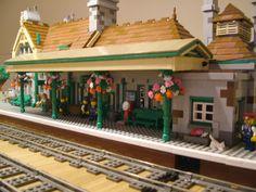 Lego Train Station, Lego Trains, Lego Modular, Cool Lego Creations, Lego Design, Lego House, Lego Building, Everyday Objects, Lego City