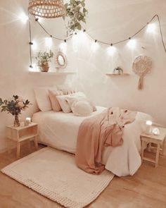 Bedroom Decor For Teen Girls, Room Ideas Bedroom, Small Room Bedroom, Bedroom Furniture, Bedroom Inspo, Small Bedroom Ideas For Teens, Cute Teen Rooms, Girls Bedroom Decorating, Cozy Bedroom Decor