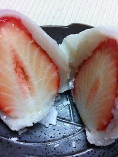 銀座甘楽 白あんのイチゴ大福はここのイチオシ