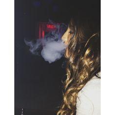Hookah smoke Snapchat Girls, Snapchat Quotes, Hookah Smoke, Girl Smoking, Like A Boss, My Eyes, Hookahs, Long Hair Styles, Concert