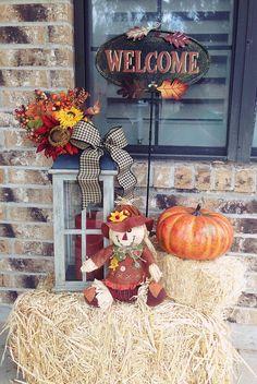 Cute front porch fall decor! :-)
