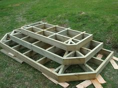Beneficial options to find out more about Patio Steps, Front Porch Steps, Outdoor Steps, Deck Stairs, Wooden Stairs, Diy Porch, Diy Deck, Building Deck Steps, Patio Deck Designs