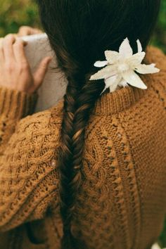 An entry from le petit trianon Braided Hairstyles, Cool Hairstyles, Bon Look, Mode Style, Hair And Nails, Her Hair, Hair Inspiration, Braids, Braid Hair