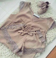 Cute Sleepwear, Sleepwear Women, Pajamas Women, Pretty Lingerie, Lingerie Set, Delicate Lingerie, Girl Outfits, Cute Outfits, Fashion Outfits