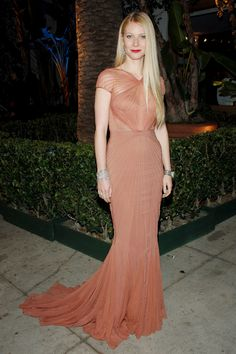 Gwyneth Paltrow's Timeless Elegance on the Red Carpet Photos | W Magazine