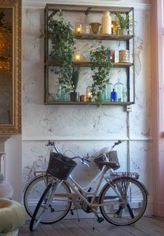 From fabulous flower arrangements and decor that is just to die for, The Florist has arrived in Liverpool. Liverpool, Flower Arrangements, Restaurant, Flowers, Food, Decor, Floral Arrangements, Restaurants, Decorating