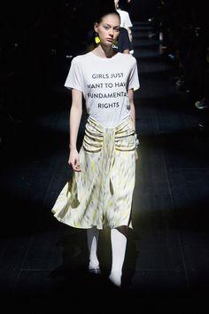 T-shirts con mensajes feministas que te llenarán de inspiración