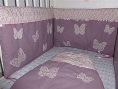 tour de lit mauve bébé Tour de lit et gigoteuse fait main papillon liberty mitsi parme  tour de lit mauve bébé