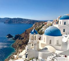Beautiful Landscape Photography, Beautiful Landscapes, Oia Santorini Greece, Greek Isles, Best Cameras For Beginners, Sea And Ocean, Kirchen, Taj Mahal, Canvas Prints