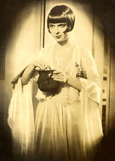 Louise Brooks in publicity still for Pandora's Box (1929, dir. G.W. Pabst)