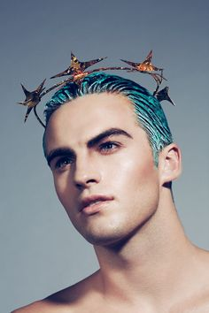 Tyler should get a little made-up too. Glowy, angular, dramatic brows...                                                                                                                                                                                 More