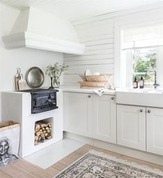 charming house in the Swedish countryside Home Decor Styles, Home Decor Accessories, Rustic Kitchen, Kitchen Decor, Log Home Decorating, Charming House, Küchen Design, Home Decor Bedroom, Vintage Home Decor
