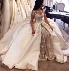 Das Hochzeitskleid!