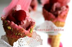 These are my frozen yoghurt berry icecreams with chocolate and pistachios - a little piece of heaven for a Tuesday xoxox Miami Vice Theme, Nectar And Stone, Frozen Yoghurt, Pistachios, Tuesday, Raspberry, Berries, Heaven, Ice Cream