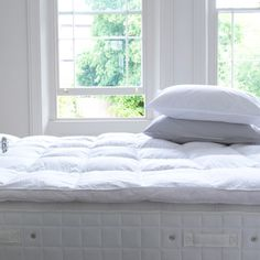 http://www.idecz.com/category/Mattress-Topper/ Mattress Topper with duck feather filling and cotton cover