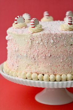 There's such a great vintage meets modern vibe to this lovely crushed peppermint candy covered Christmas cake.