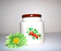 Vintage Strawberry Crock by CheekyVintageCloset on Etsy, $22.00