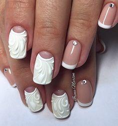 Белый френч со стразами фото №22.  French photo, nails, nail design 2016