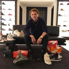 Spotted // TheDishh.com Founder and 'Keeping up with the Kardashians' Guest Star @jonathancheban was spotted with a pair of K1XPM MK7, whilst sneaker shopping at @lapstoneandhammer in Philadelphia. // #k1xpm #k1x #patrickmohr #mk7 #fadetoblack #jonathancheban #thedishh #keepingupwiththekardashians