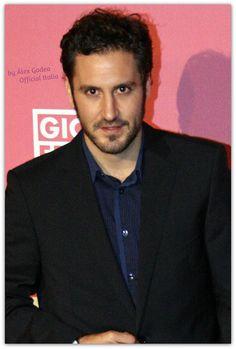 Alex Gadea Premios Cosmopolitan 2014
