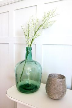 Acqu, white and silver Coin, Glass Vase, Interior Decorating, Silver, Inspiration, Design, Home Decor, Biblical Inspiration