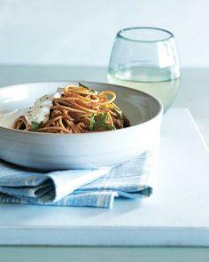 Spaghetti with Caramelized Onions and Yogurt Recipe