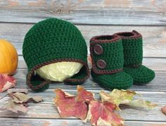 It's November! Time to get cozy!   #crochet #handmade #handcrafted #etsy #baby #babyboots #winterboots #babyboy #babygirl #babylove #momlife #newborn #toddler #sahm #wahm #mompreneur #instagood #love #happiness #cute #shoes #babyshoes #firstshoes #babyfeet #tinycraftytoes #babygift #fall #fallfashion