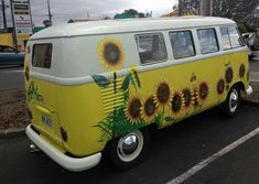 27 ideas for retro cars art vw bus Volkswagen Transporter, Vw Camper, Transporteur Volkswagen, T3 Vw, Camper Life, Volkswagen Vehicles, Camper Trailers, Combi Hippie, Van Hippie