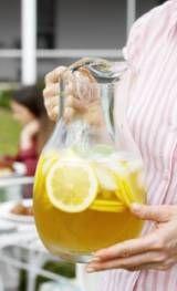 Honey-Vanilla Lemonade | DianasDesserts.com