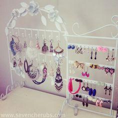earring jewellery storage idea