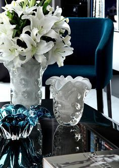 Love the deep elegance of this blue velvet! Tempo da Delicadeza
