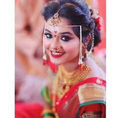 Beautiful bride💕 . . . 😍😍😍😍 . Maharashtrian wedding 💕 . . Use hashtag  #maharashtrian_wedding . .Royal maharashtrian Wedding 👰…