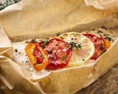 Filets de sole en papillote et crevettes : http://www.fourchette-et-bikini.fr/recettes/recettes-minceur/filets-de-sole-en-papillote-et-crevettes.html