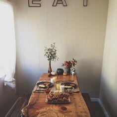 picnic table breakfast nook