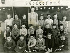 Doyon School 1949 - Primary Grades 1940's Fashion, To My Mother, North Dakota, New England, Love, Pictures, 1940 Music, Amor, Photos