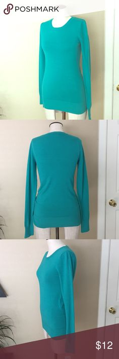 Teal crew neck pullover sweater M Perfect for the office, lightweight and soft in a bright & fun teal color. Size medium. From Nordstrom rack lightly - pre owned condition abound Sweaters Crew & Scoop Necks