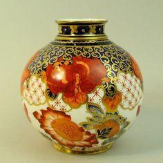 A Fine Royal Crown Derby Hand Painted 2444 Imari Porcelain Vase C 1880 | eBay
