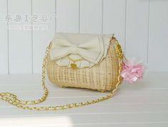 Оптовая продажа производители 2013 виви журнал стиль с бантом повесить ротанга мешок соломы сумка специальный, принадлежащий категории перемётные сумки и относящийся к Багаж и сумки на сайте AliExpress.com | Alibaba Group