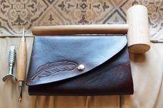 DIY Leather Tablet Case tutorial!