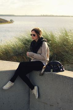 コンバース×パンツのコーデ色々!海外女性のオシャレ履きこなし - NAVER まとめ