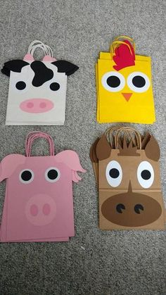 Set of 12 Farm Animal Birthday Loot Bags / Favor Bags / Party Farm Animal Party, Farm Animal Birthday, Barnyard Party, Cowgirl Birthday, Pig Party, Farm Birthday, Farm Party, 3rd Birthday Parties, Birthday Animals